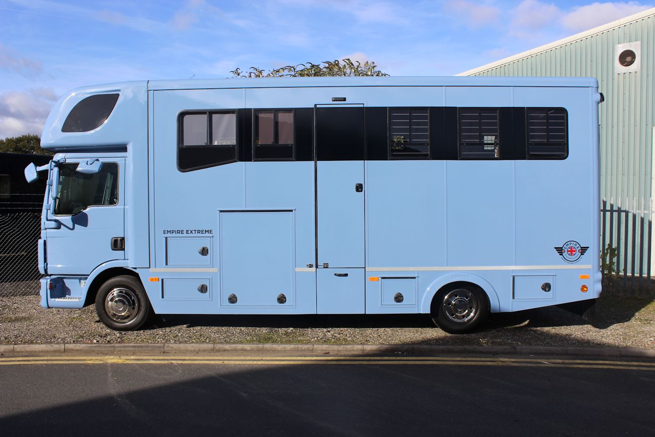 New Build Empire Extreme 7 5t Horsebox Central England
