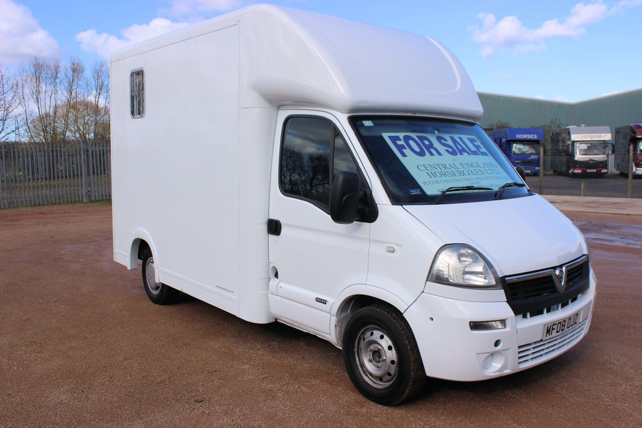 Compact 3 5t By Select Central England Horseboxes