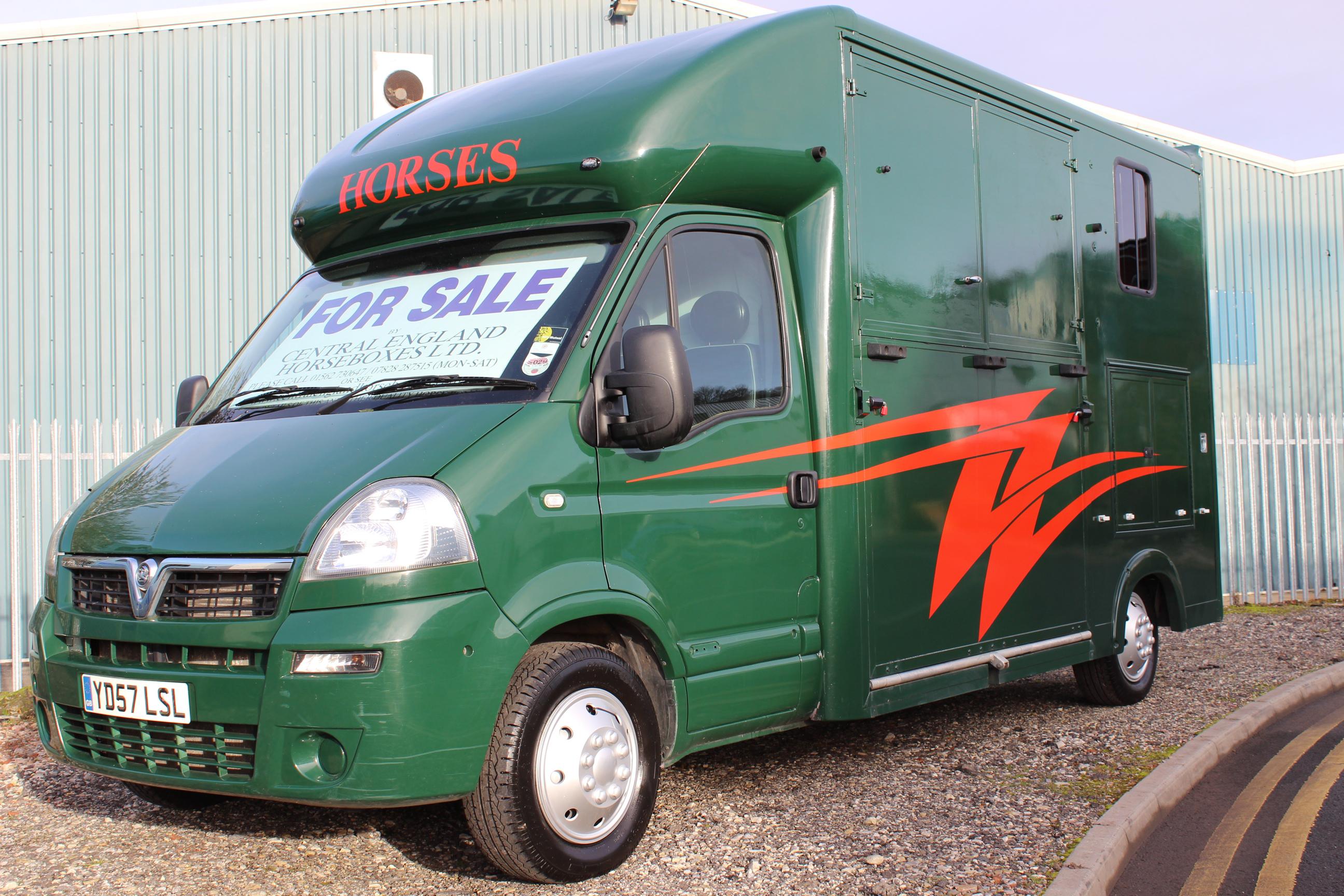 Kevin Parker Coachbuilt 3 5t Horsebox For Sale Parker