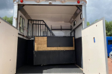 11-horsebox-stalls