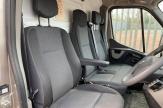 wow-horsebox-seats