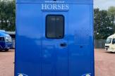 13-horsebox-blue