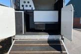 miami-horsebox-stalls