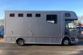 62-horsebox-wow