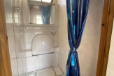 nuu-horsebox-for-sale-bathroom