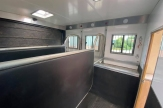 8t-horsebox-stalls