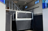 aqua-horsebox-ramp