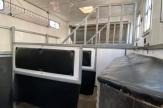 aqua-horsebox-stalls