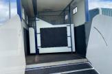 brum-horsebox-stalls-shot