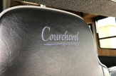 shiny-horsebox-courchevel