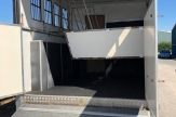 dom-horsebox-stalls