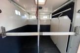 mullins-horsebox-stalls