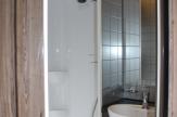 equitrek-endevour-shower