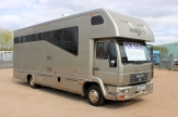 7.5t sovereign horsebox front