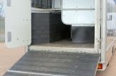 7.5t sovereign horsebox ramp open