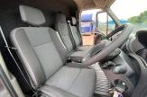 mini-horsebox-seats