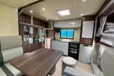 slide-out-horsebox-luxury