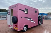 katie-price-horsebox-2-stall