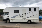 814-horsebox-side