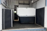 sky-horsebox-stalls