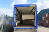 transport horsebox stalls
