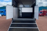 work-horsebox-stalls