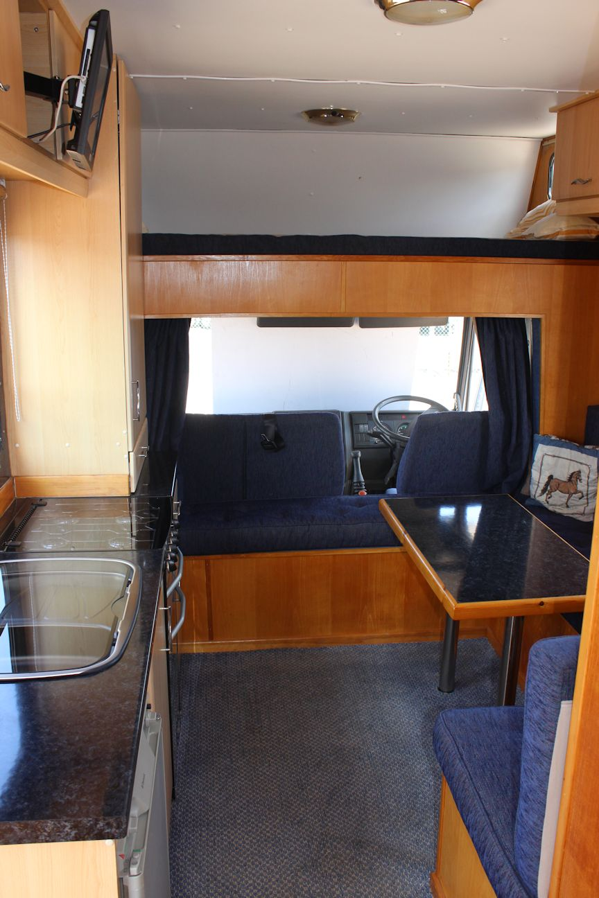 Low Mileage Luxury Maudsley 7 5t Central England Horseboxes