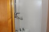 andrew maudsley horsebox bathroom