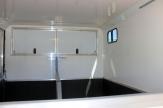 pearl horsebox inside