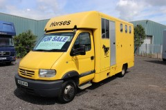 6.5t Renault Horsebox