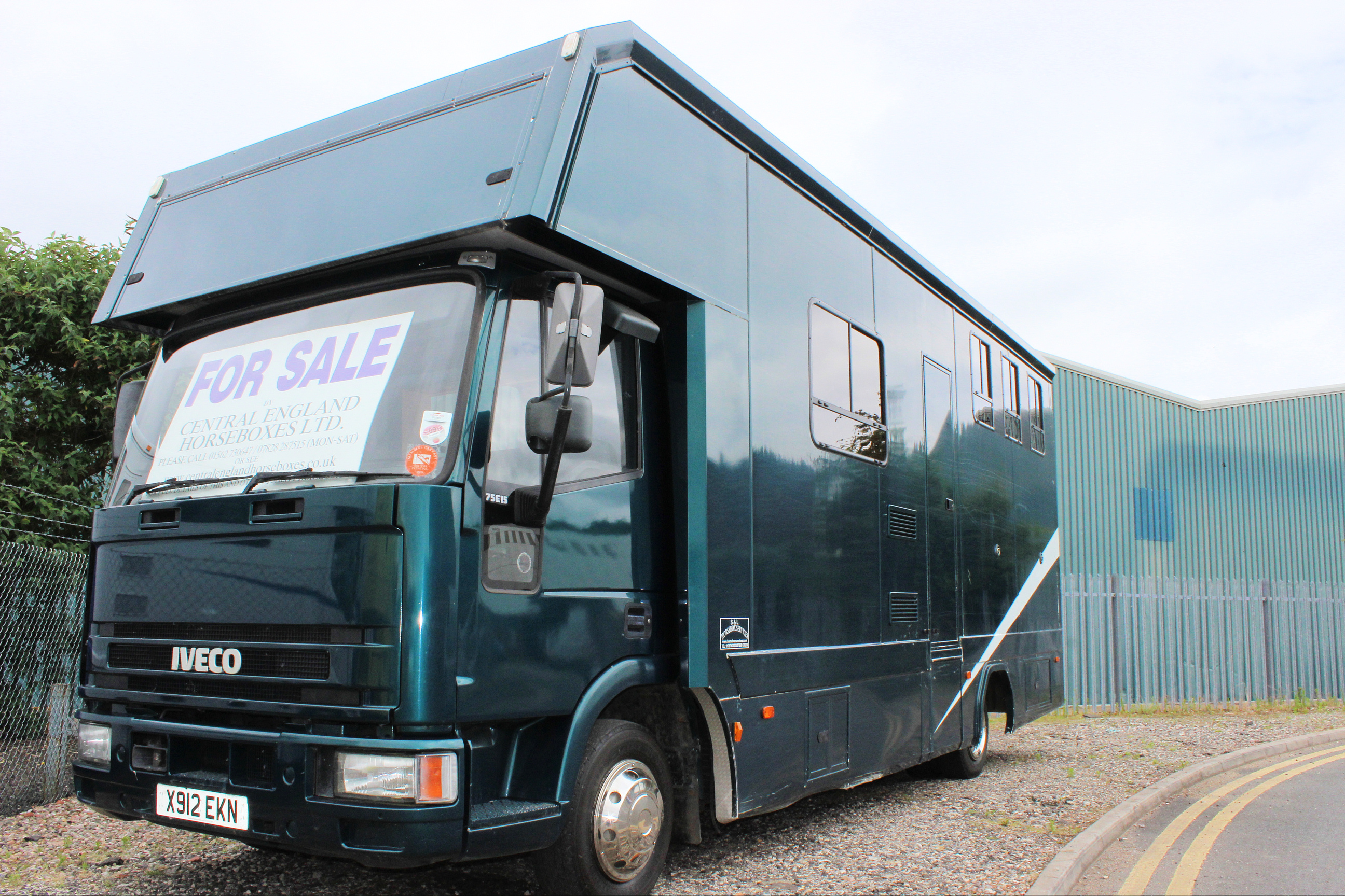 Iveco 7 5t Horsebox 3 Stall With Living Central England