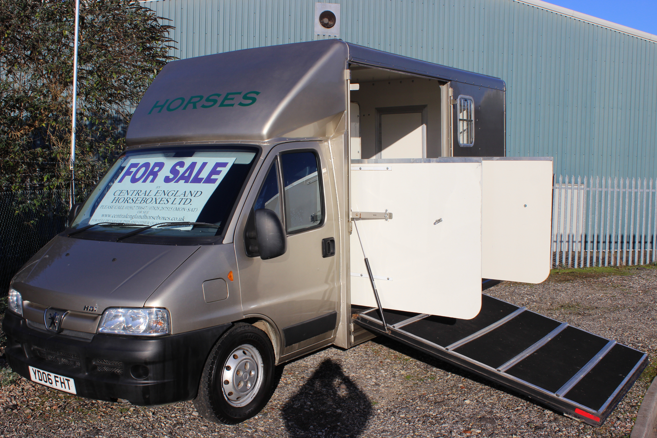 2006 Peugeot hdi 3.5t horsebox for sale central england ...