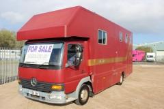 Mercedes 7.5t 3 stall Horsebox
