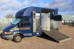 George Smiths 5.2t 2 stall horsebox
