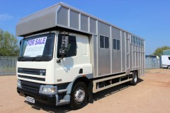 5 Horse Tri-Star Horsebox