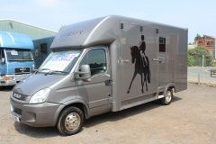 5.2t Horsebox With Living