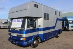 Compact 150 DAF Horsebox