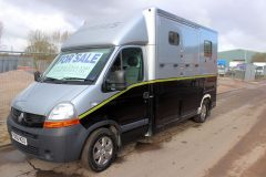Coachbuilt 3.5t Horsebox